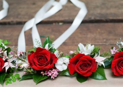Buttonhole red with pops of white