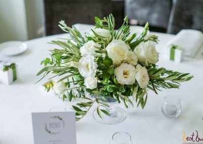 Guest Table Centrepiece Dunbar House White